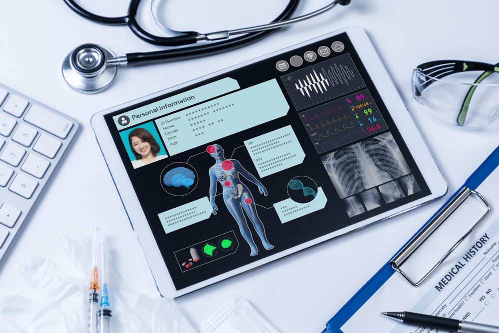 remote-patient-monitoring-system-hospital-doctors-medical-technology-vital-signs-wearable-devices-heart-rate