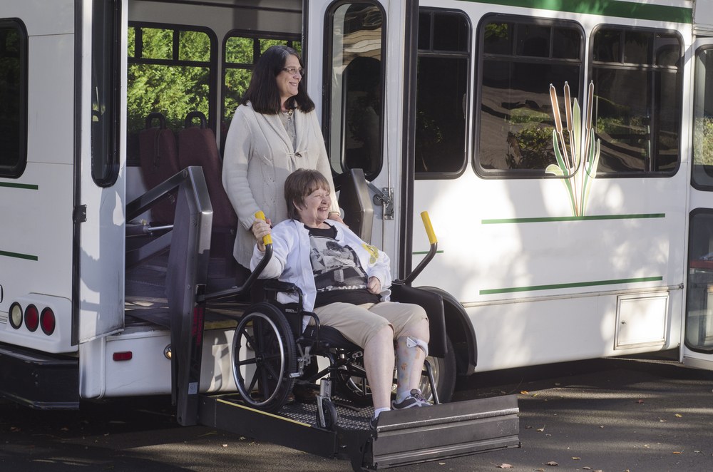 senior-mobility-shuttle-service-taxi-socialization-elderly-mental-health-care-tech